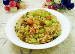 黄瓜火腿炒饭