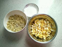 玉米燕麦片汁的做法图解1