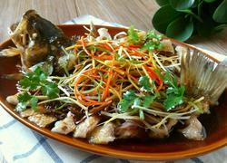 豆酱豉油蒸鲈鱼