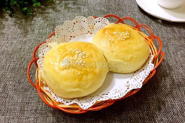 黑豆芝麻花生面包