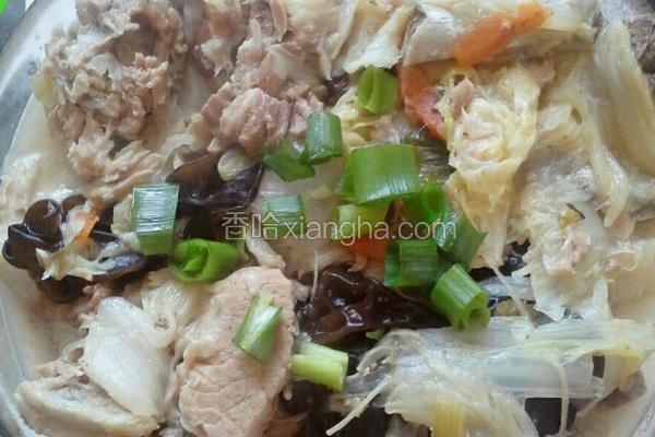 东北大白菜炖排骨豆腐