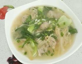 银针菇上海青肉丸汤