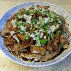 牛肉金针菇