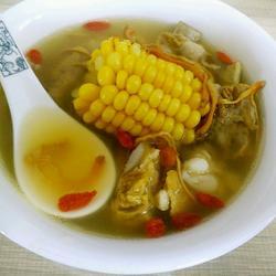 虫草花玉米排骨汤的做法[图]
