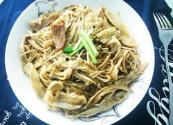 腊肉烩竹笋