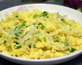 小银鱼炒鸡蛋