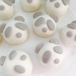 熊猫芝麻汤圆