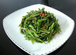 素炒野芹菜