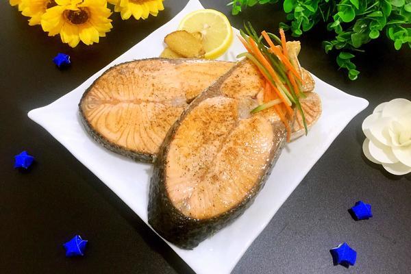 香煎三文鱼排