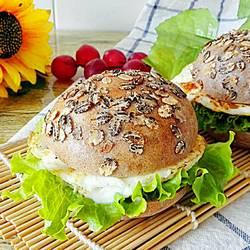 黑麦黑米汉堡
