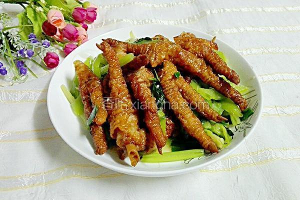 青椒炒凤爪