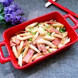 培根炒海鲜菇