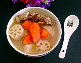 棒骨莲藕胡萝卜汤