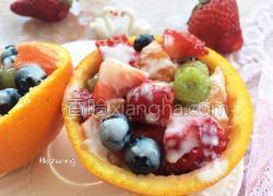 橙盅酸奶水果沙拉