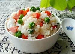 豌豆胡萝卜焖饭
