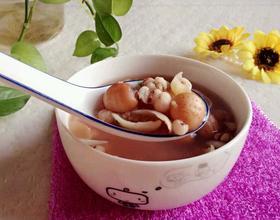 莲子百合薏仁汤