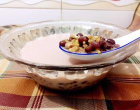 牛奶燕麦红豆粥