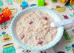 花生牛奶燕麦粥