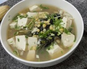 玉米鱼头豆腐汤[图]