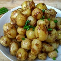 怪味小土豆的做法[图]