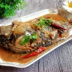 红烧鲤鱼的做法[图]