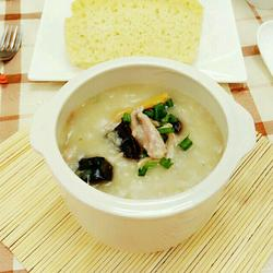 传统广式皮蛋瘦肉粥