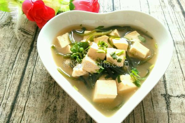 清香海带豆腐汤