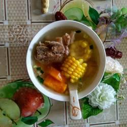 玉米胡萝卜大骨汤