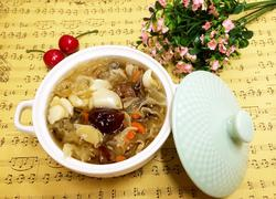 银耳百合炖红枣