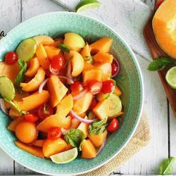 哈密瓜果蔬沙拉