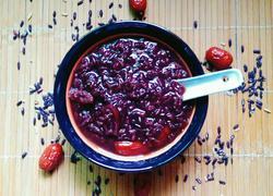 黑糯米红枣粥