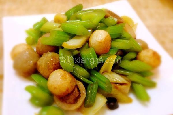 海鲜丸子炒芹菜