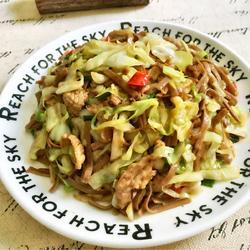 卷心菜炒荞麦面