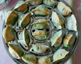猪肉小白菜彩色水饺