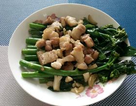五花肉炒芥兰