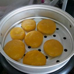 烫糯米粉南瓜蒸饼