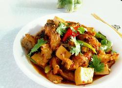 草鱼煮豆腐红烧鱼块