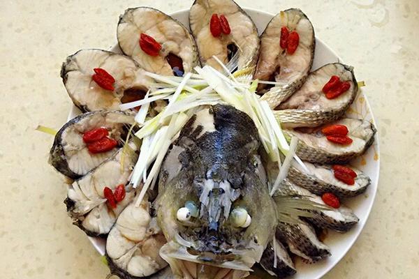 孔雀开屏鲈鱼
