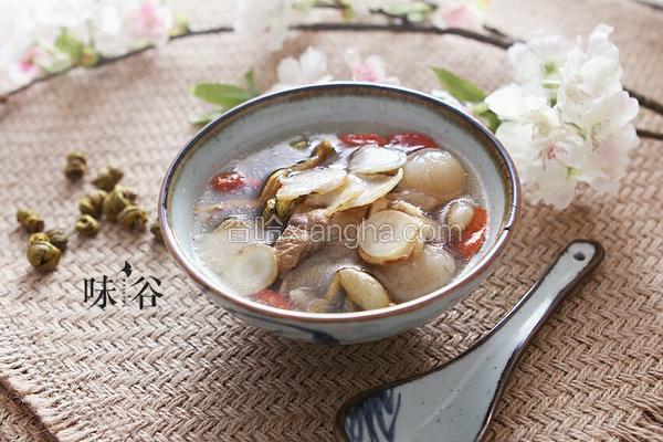 花旗参石斛排骨汤