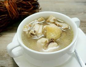 鸡骨草煲鸡汤