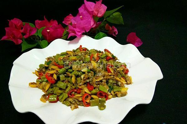 蚬肉炒豆角