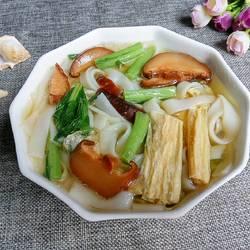 腐竹香菇汤河