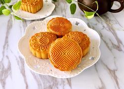 黄莲蓉月饼
