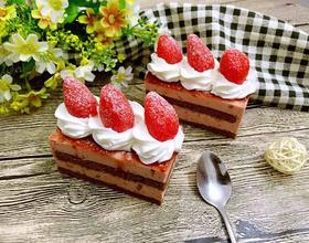 法式覆盆子慕斯蛋糕