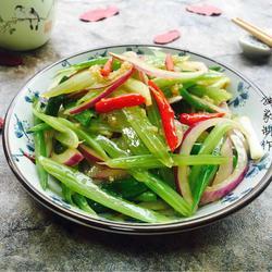 炝拌芹菜的做法[图]