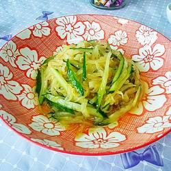 黄瓜拌海蜇皮