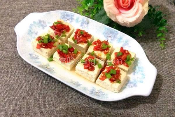 剁椒蒸臭豆腐