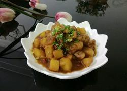 川味土豆红烧肉
