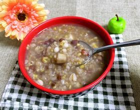 山药豆薏米红豆粥