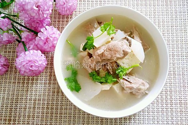 白萝卜豆腐排骨汤